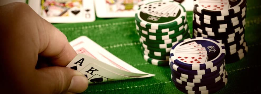 Casino bonus och live casino bonusar för poker och kortspel